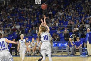 UHS Girls Basketball State Champions 3-10-18-167