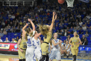 UHS Girls Basketball State Champions 3-10-18-186