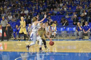 UHS Girls Basketball State Champions 3-10-18-165