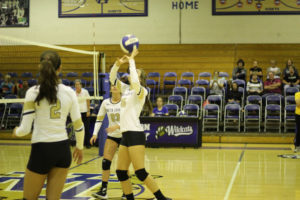 UHS VB District Tournament Playin-Semi Finals 10-01-18-12