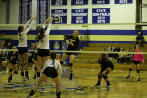 UHS VB District Tournament Playin-Semi Finals 10-01-18-59