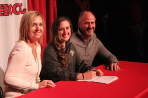 Meg Ivey Signs with TTU Soccer 11-14-18-8
