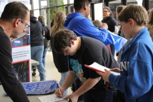 8th Grade Career Fair 12-4-18-47