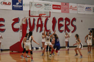CHS Basketball Splits With Cleveland 12-11-18-22