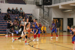 CHS Basketball Splits With Cleveland 12-11-18-26