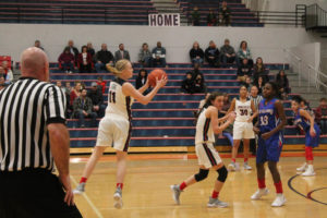 CHS Basketball Splits With Cleveland 12-11-18-28