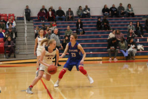CHS Basketball Splits With Cleveland 12-11-18-30