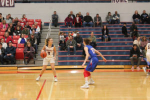 CHS Basketball Splits With Cleveland 12-11-18-31