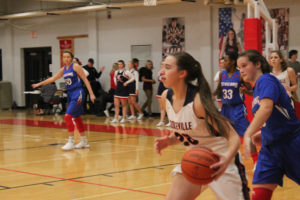 CHS Basketball Splits With Cleveland 12-11-18-32