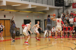 CHS Basketball Splits With Cleveland 12-11-18-37