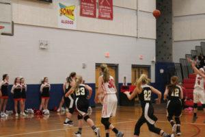 s UMS Basketball 12:10:18105