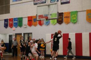 s UMS Basketball 12:10:18117