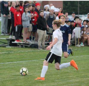 chs soccer 4-18-19 9