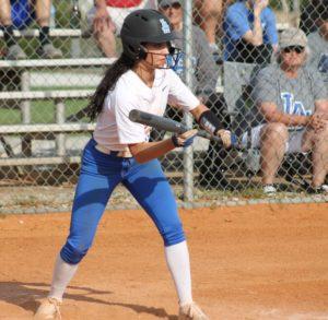 la softball 4-17-19 10