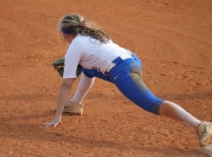 la softball 4-17-19 16