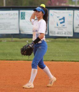 la softball 4-17-19 4