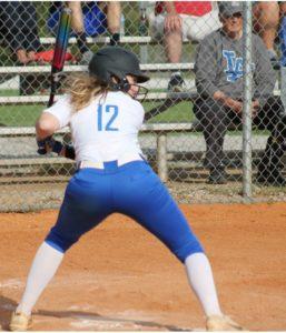 la softball 4-17-19 9