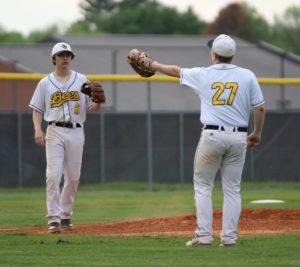 uhs baseball 4-23-19 11