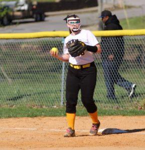 ums softball 4-15-19 14