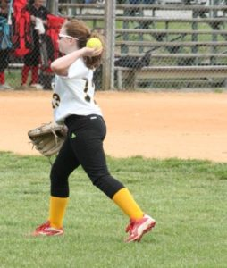 ums softball 4-23-19 10