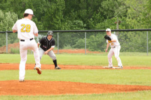UHS Baseball Beats DCHS 4 - 1 5-3-19 by David-34