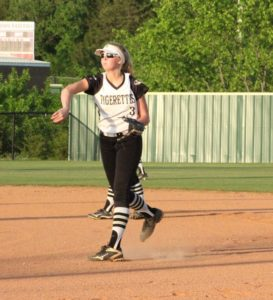 uhs softball 5-8-19 3