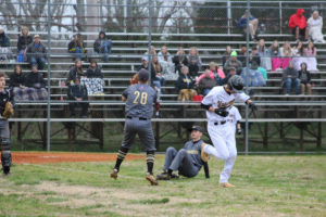 UHS Takes Down SMHS 6 - 5 Baseball 3-13-20 by David-15