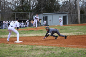 UHS Takes Down SMHS 6 - 5 Baseball 3-13-20 by David-20