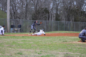 UHS Takes Down SMHS 6 - 5 Baseball 3-13-20 by David-48