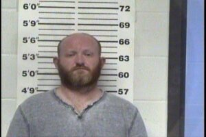 WELCH, JONATHAN TURNER - POSS DRUG PARA W:INTENT TO USE; SIMPLE POSS NARCOTICS; DOR:DL